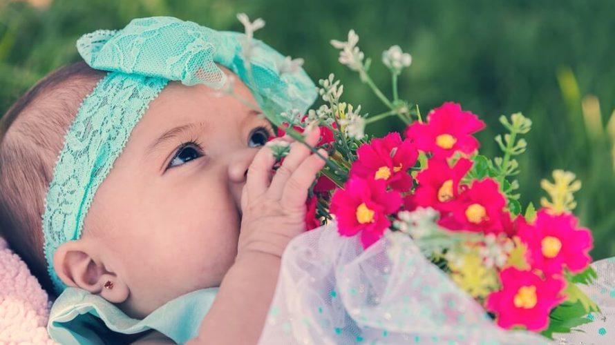 赤ちゃんの髪の毛が「薄くなったり」「ハゲたり」するのはなぜ?